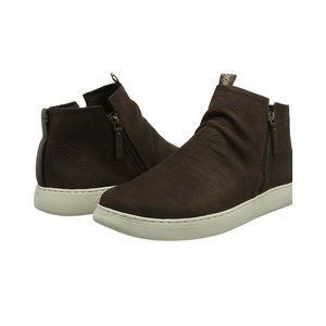 UGG Mens Leather Sneaker Pismo Size 10